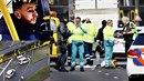 Útočník v Utrechtu zabil tři lidi, devět jich zranil. Zatím po něm pátrá...