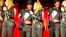 Madonna si dala do zadku implantát a trochu se to nepovedlo