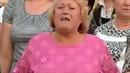 Paní ztratila zub během demonstrace