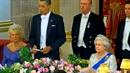 Barack Obama se ztrapnil před britskou královnou