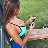 sports_bras_05