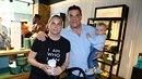 Miroslav Etzler s přítelkyní Helenou a synem Samuelem