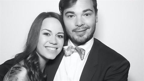 Karolína si vzala za muže hokejistu NHL Michala Neuvirtha.