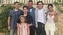 Klan Beckhamových: Victoria, David, Brooklyn, Romeo, Cruze a Harper
