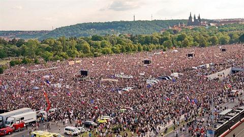 Demonstrace na pražskou Letnou přilákala více než 200 tisíc lidí.