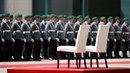 Angela Merkelová bude při hymně sedět, aby se neopakoval záhadný třes celého...