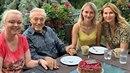 Karla Gotta na Bertramce navštívily dcery Dominika a Lucie. Mistr jen zářil...
