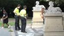 V 9 hodin ráno sebrali policisté už čtyři stříkačky.