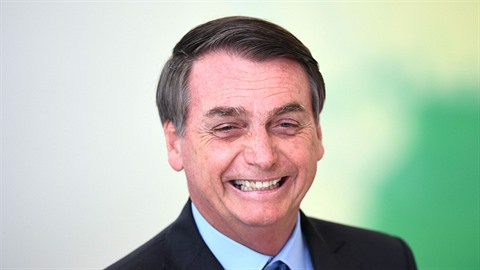 Brazilský prezident Jair Bolsonaro, který má ekologii za sprosté slovo, říká,...