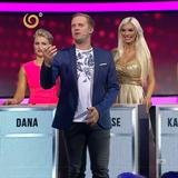 Denise Ayverdi si v pořadu hledá chlapa a pomáhá jí v tom moderátor Jakub...