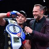 Makhmud  Muradov a šéf organizace Oktagon MMA Ondřej Novotný.