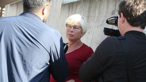 Bývalá sousedka Karla Gotta promluvila.