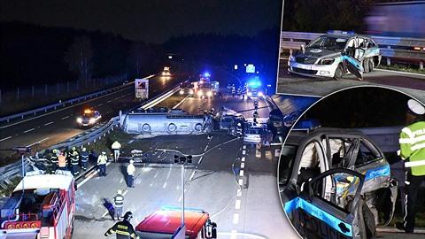 Dálnici D1 zablokovala hromadná nehoda.