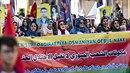Syrští Kurdové demonstrují proti turecké agresi.