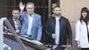 Miloš Zeman opouští střešovickou nemocnici a vypadá skvěle.