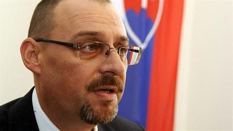 Dobroslav Trnka byl nyní zatčen a rozplétání chapadel mafie na Slovensku tak...