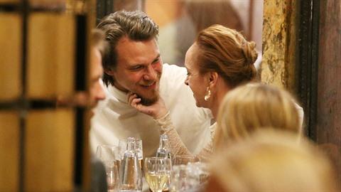 Táňa Vilhelmová a Vojta Dyk na premiéře filmu Příliš osobní známost předvedli...