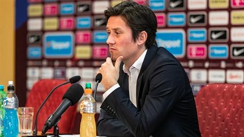 Sportovní ředitel Tomáš Rosický ví, že Sparta potřebuje posily. Zatím je však...