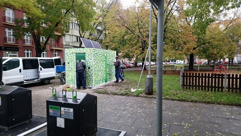 Nové WC na Puškinově náměstí v Praze 6 Bubenči budí rozpaky.