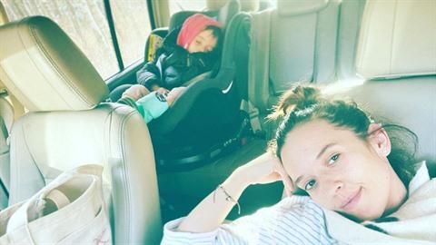 Tamaře Klusové je úzko. Na vině jsou výkyvy teplot a děti, které usnou pár...