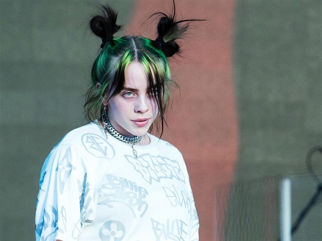 Billie Eilish se svlékla