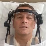 Boris Kollár natočil video z nemocnice.