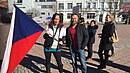 Radka během demonstrace na Václavském náměstí