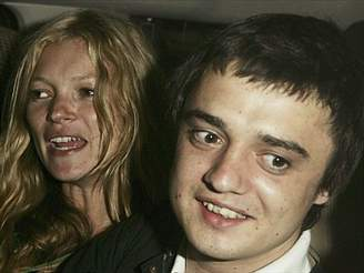 Kate Mossová a Pete Doherty