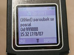 sms iHNED.cz