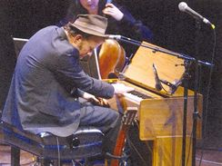 Healing The Divide - A Concert for Peace and Reconciliation (Tom Waits)
