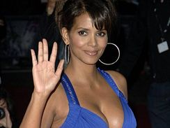 Halle Berry na premiéře filmu Things we lost in the fire