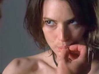 Winona Ryderová ve filmu Sex And Death 101 (2007)