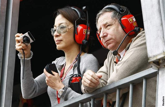 Michelle Yeohová a Jean Todt