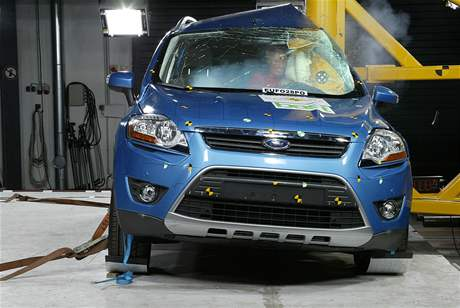 Crashtest Ford Kuga