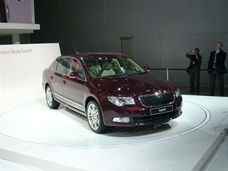 Autosalon Moskva 2008 - Škoda Superb