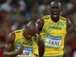 Bolt a Powell ve štafetě