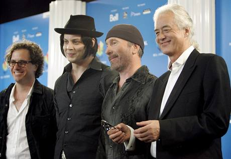 Režisér Davis Guggenheim , Jack White, The Edge a Jimmy Page představili film It Might Get Loud