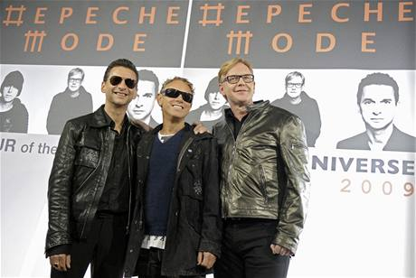 Depeche Mode oznamují koncertní šňůru Tour Of The Universe