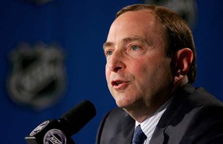 Gary Bettman, šéf NHL.