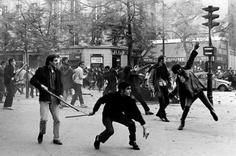 Výsledek obrázku pro nepokoje PAŘÍŽ 1968