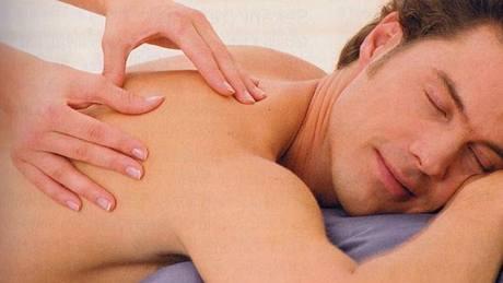 velký erotická masáž oblečení