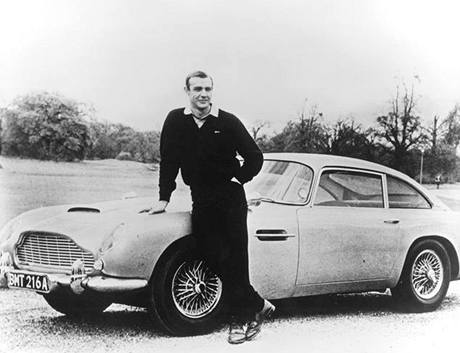 Aston Martin, James Bond.Sean Connery