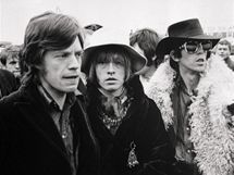 Rolling Stones v roce 1967 (zleva Mick Jagger, Brian Jones, Keith Richards)