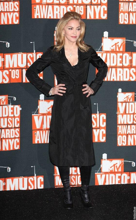 Madonna čelí žalobě kvůli módní značce Material Girl - iDNES.cz 796c7c7b1f