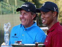 The Tour Championship 2009 - vítěz Phil Mickelson (vlevo) a vítěz FedEx Cupu 2099 Tiger Woods.