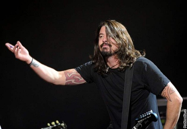 Dave Grohl po rozpadu Nirvany založil Foo Fighters.