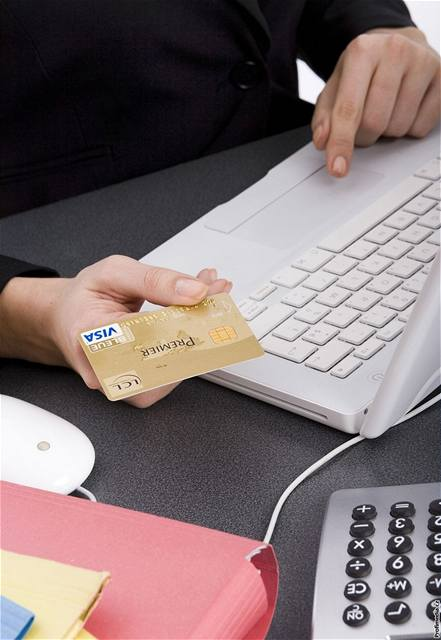 Jak nekoupit cihlu místo mobilu. Internetový nákup není bez rizika ... 62f10c586c