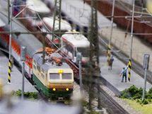 Na výstavě modelové železnice v Království železnic v Praze byla otevřena  část znázorňující model Ústeckého kraje ... 09fa28d86f