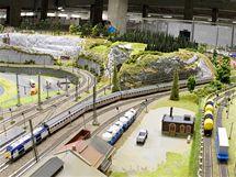 ... Na výstavě modelové železnice v Království železnic v Praze byla  otevřena část znázorňující model Ústeckého kraje e97f421eba