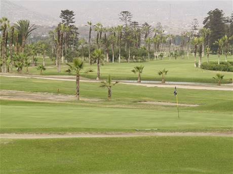 Golf Country Club de Villa u Limy v Peru.
